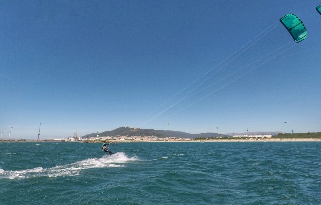 Kitesurfing in Viana do Castelo